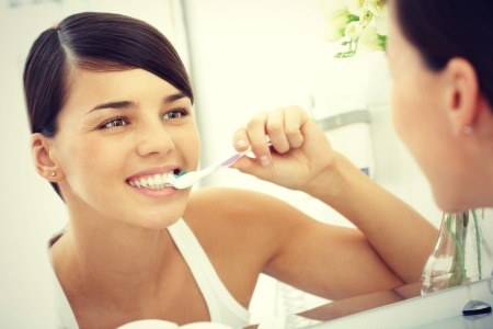 Brush Your Teeth Correctly.